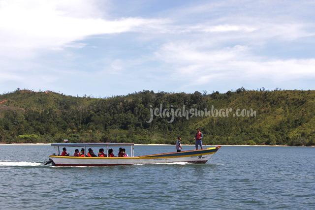 Paket_tour_padang_mandeh_2