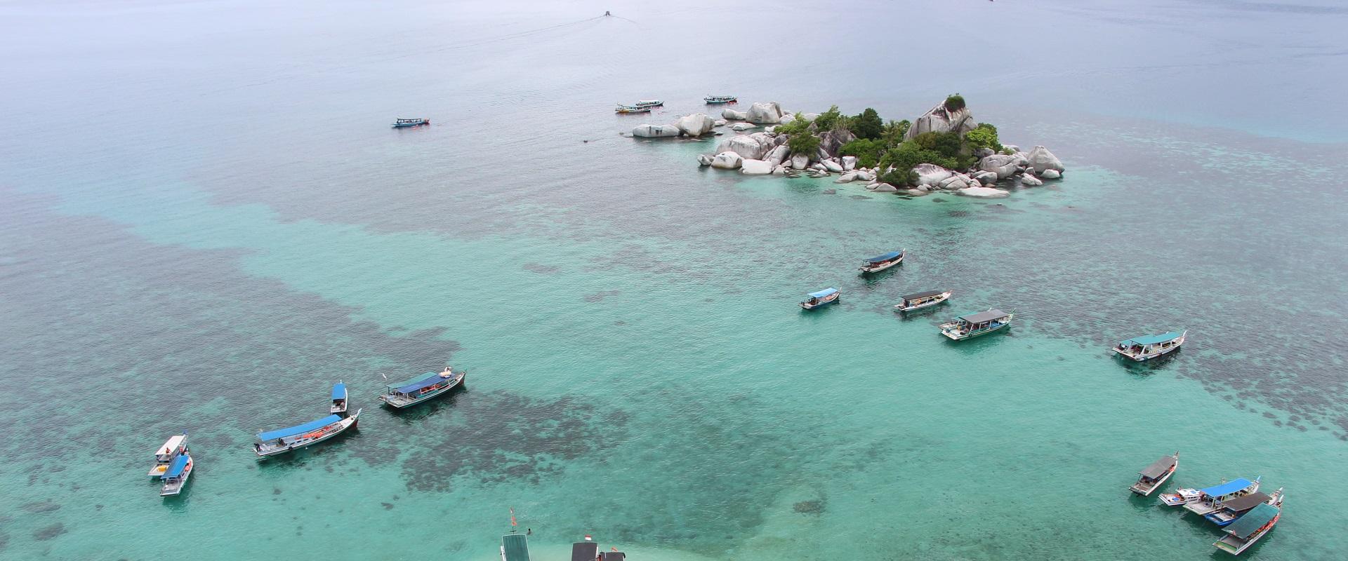Paket Belitung 3D2N : Negeri Laskar Pelangi