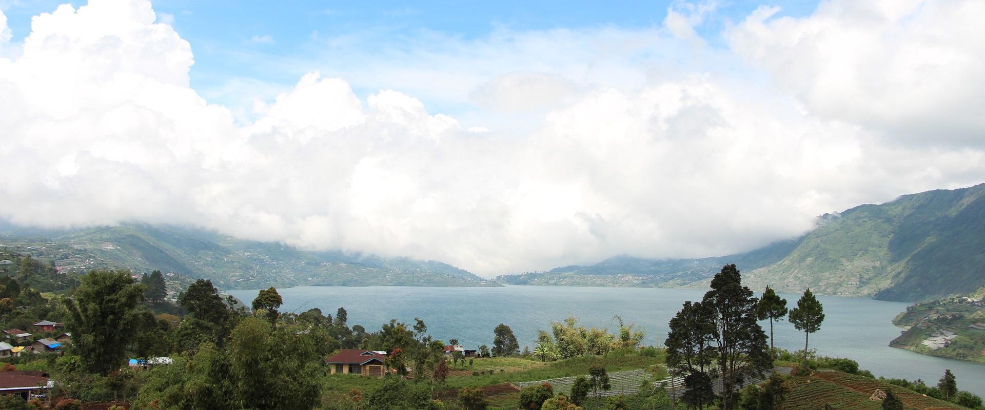 Paket Sumbar 3D2N : Bukittinggi – Danau Kembar