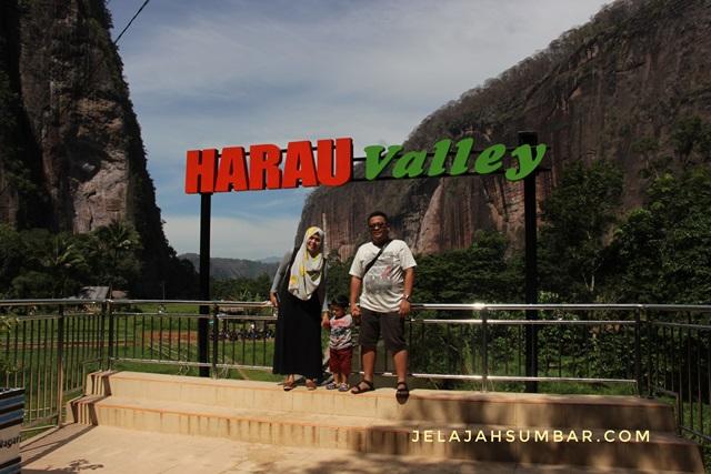 wisata_keluarga_lembah_harau