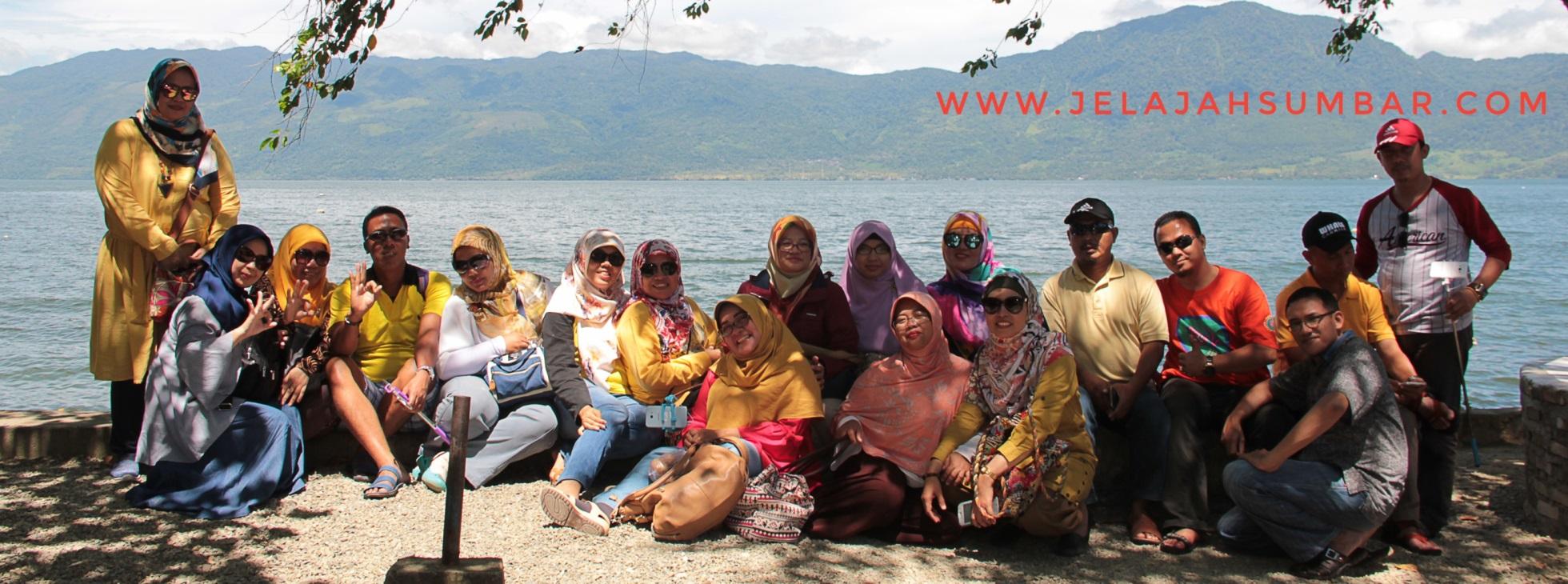 Paket Tour Padang Danau Kembar – Bukittinggi 2D1N D