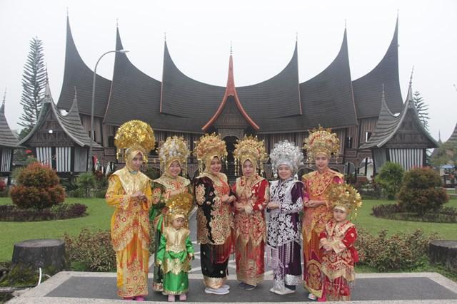 wisata di Minang Village padang panjang