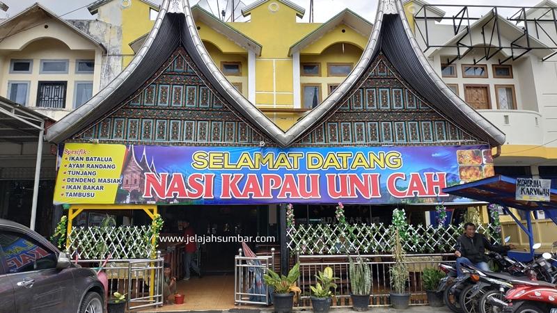 rumah_makan_nasi_kapau