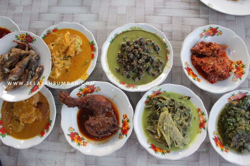 rumah makan uni miss lembah harau